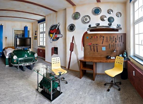 V8-Hotel-Themenzimmer-Werkstatt-02_Hoppe